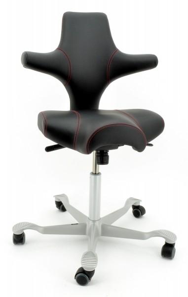 Drehstuhl Capisco 8106 - Antigo Soft Leder schwarz, Ziernaht rot - HAG